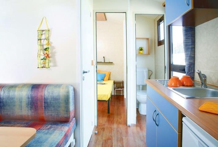 Ferienhaus für 3 Gäste mit 18m² in Pakoštane (94867)