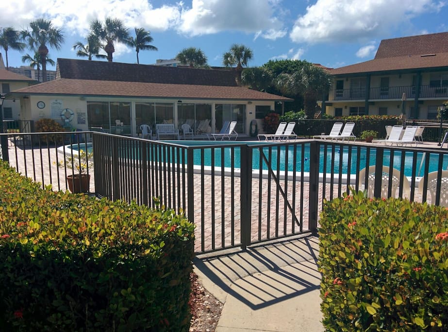 Seasonal Apartments For Rent In Naples Florida