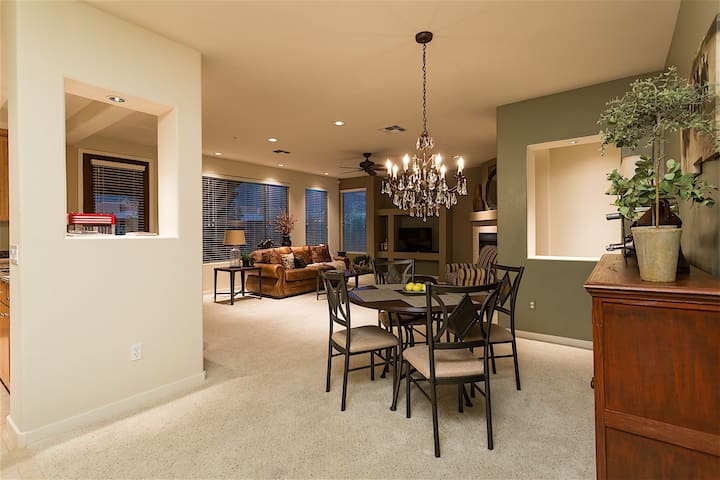 Overlook Chalet is a 2 BR 2BTH condo with 1 car garage & heated community Pool.