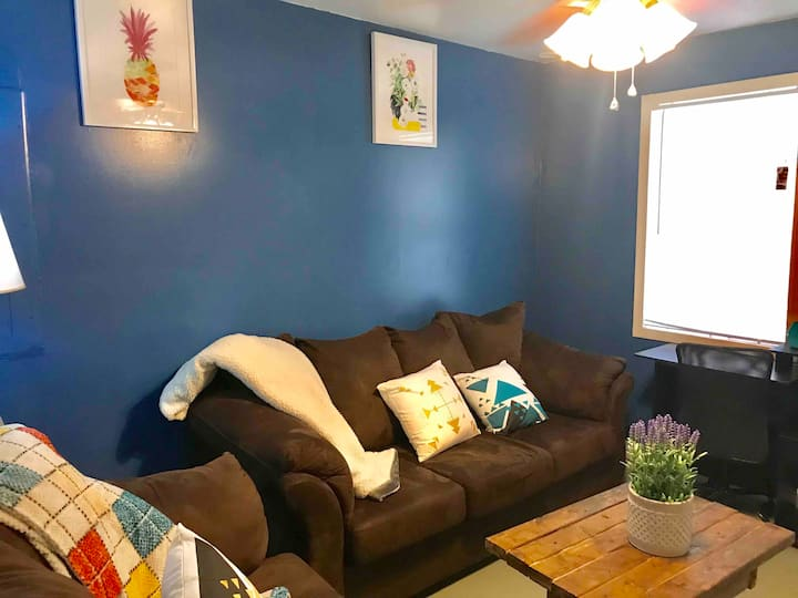 Cozy small apartment in a good area