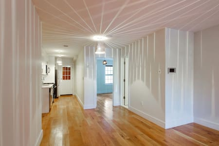 Bright Brownstone Home with Garden access - Brooklyn