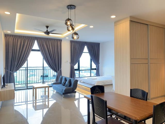 JkHome Molek Regency Luxury Studio Free WiFI