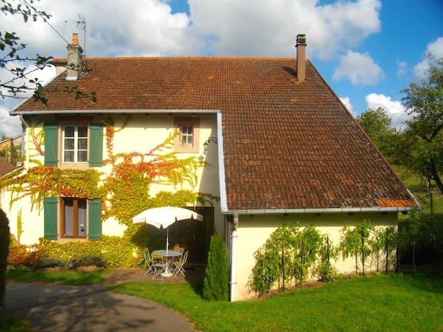 Gîte du Prébouquin, Massif vosgien - Ménil-de-Senones - Hus