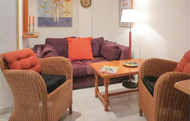 Nice home in Torrevieja with 3 Bedrooms