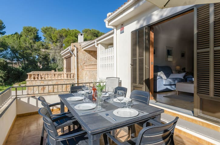 PDM CA'N NOFRE - Fantastic cosy house with terrace and with a the beach just 230 metres away.