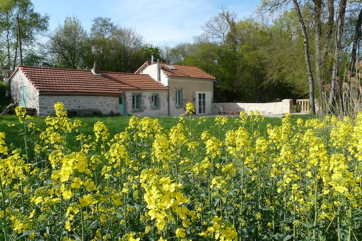 Charming Cottage 10 min from Dijon, swimming-pool - Saint-Julien - Rumah