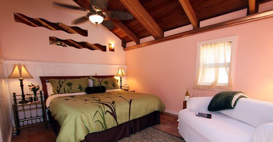 Hideaway - Elk Cove Inn & Spa - Mendocino Coast
