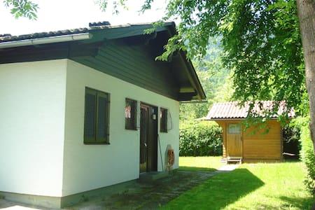 Gemütlicher Bungalow mit eigenem Seestrandbad - Bodensdorf