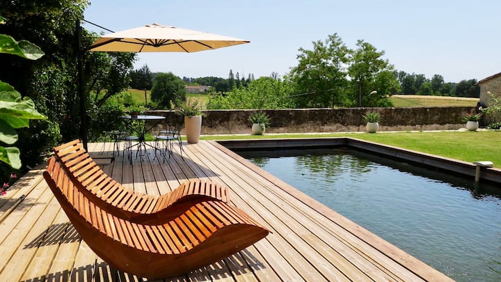 MONSEGUR 'BASTIDE' *Heated pool*