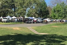 Sunday morning farmers market Carmichael Park