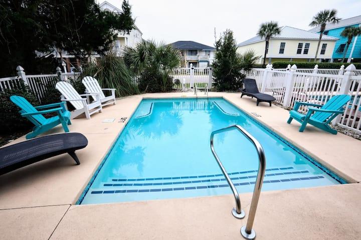 Carolina Moon Private heated pool