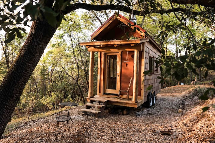 Secluded Custom Tiny Home in Enchanted Forest - Nevada City - Rumah Tamu