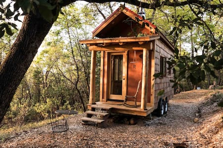 Secluded Custom Tiny Home in Enchanted Forest - Nevada City - Vendégház