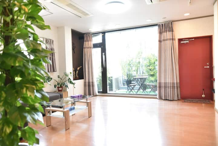 Guest House 168 5F Shinsaibashi Namba Garden Room