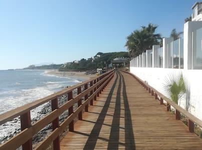 Mijas, Calypso, Calahonda, Económico Estudio.