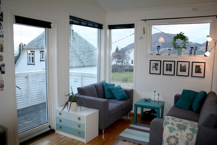 Spacious flat near the Pulpit Rock - Jørpeland - Apartamento