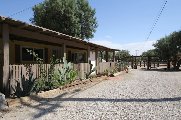 Country Desert Cottage with Pool - #5 - Palm Springs - Rumah