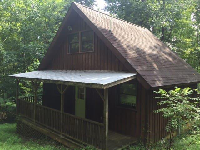 Hut - Stanardsville - Hut