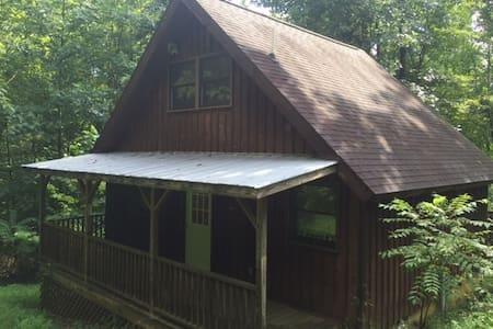 Hut - Stanardsville