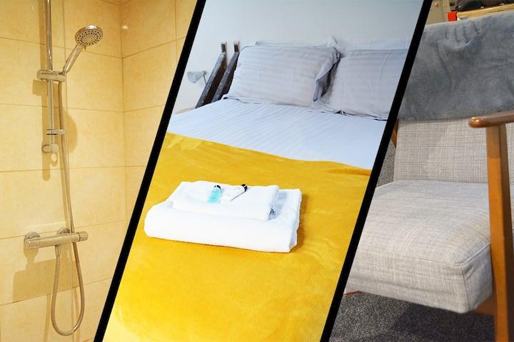 L2 Town Ctr Luxury Huge Apartment Sleeps 1-6 New