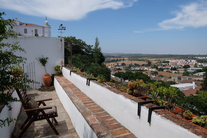 Charming Apartment in Medieval Castle - Estremoz - Apartemen