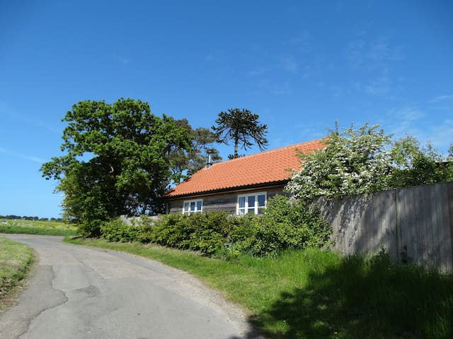 Detached Barn, Pet Friendly, Mundesley