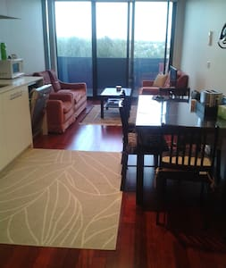 1-Bedroom Unit- Short Term Stay - Apartment
