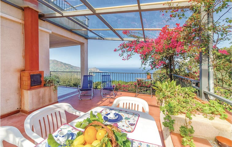 Holiday apartment with 2 bedrooms on 50m² in Cefalù PA
