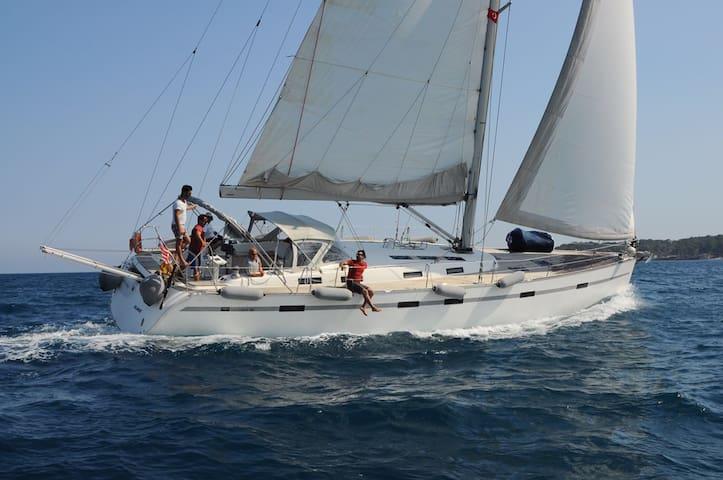 парусная лодка в аренду! Sailing boat charter...