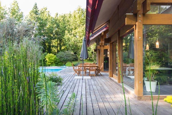 VILLA PISCINE, domaine privé à 40 mn de Nantes - Plessé - Villa