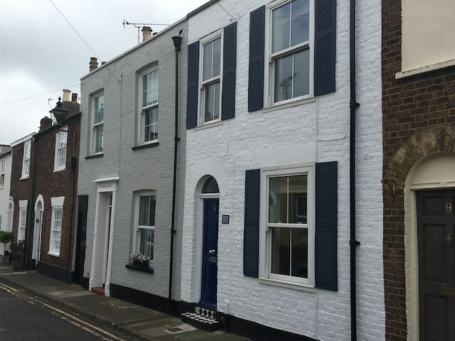 Seaside period cottage in Deal's Conservation Area - Deal - Rumah