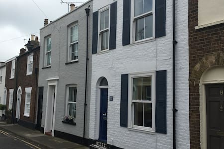 Seaside period cottage in Deal's Conservation Area - Deal - Huis