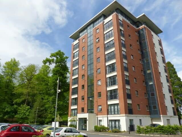 Modern first floor apartment with parking - Dunmurry - Pis