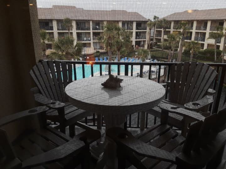 Ocean Villas 102: Updated 3 bedroom 2 bath condo on top floor - gated, 2 pools and beach access