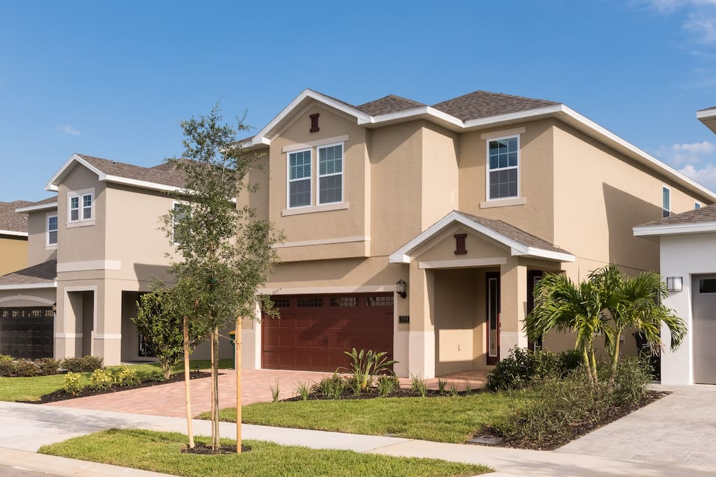 731 Lasso Drive, Kissimmee, FL Click Rent me now. More detail in: https://www.facebook.com/orchidinencorereunion/