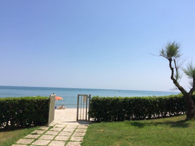 Trilocale in riva al mare