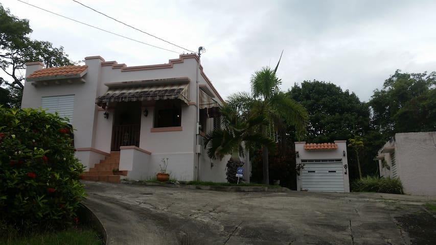 1930's Villa Mercedes - Lajas - Huis