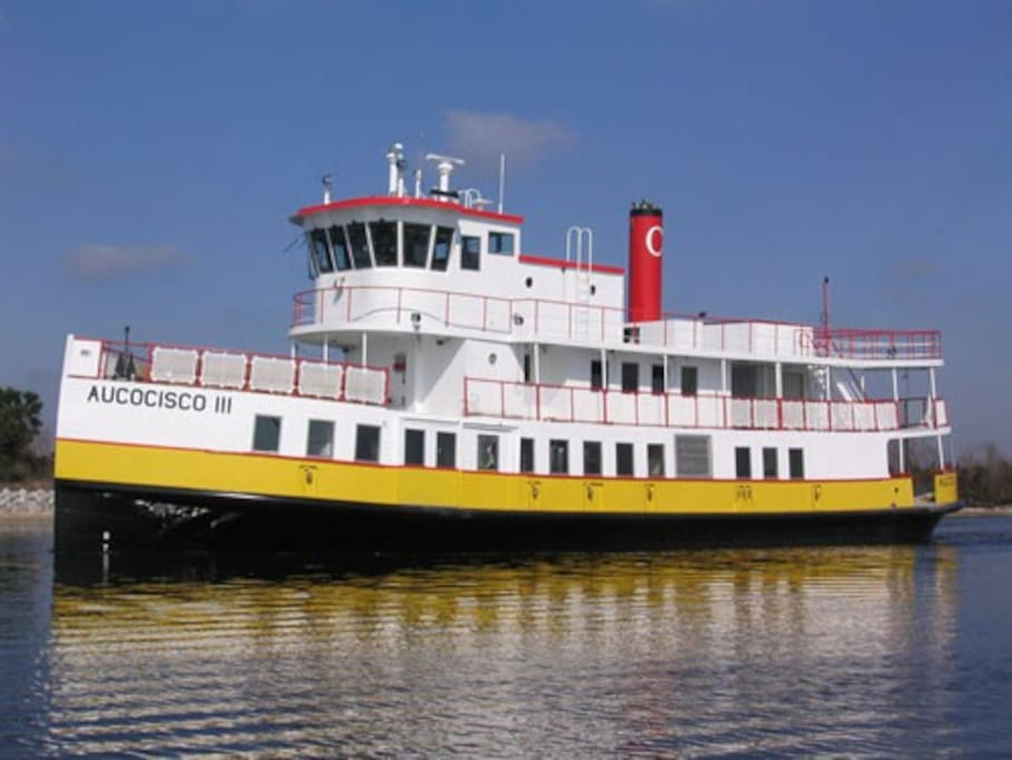 Ferry serving Long Island from Portland