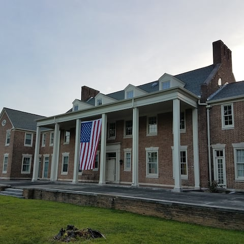 Patterson Mansion - monthly stay discounts.