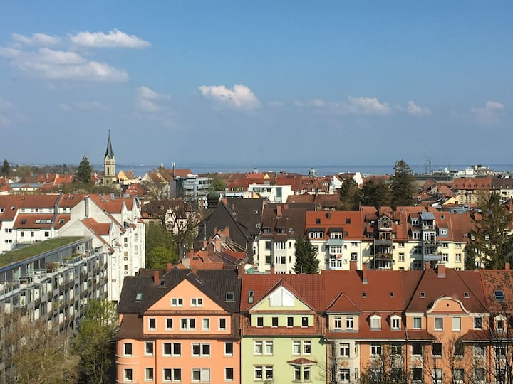 Über den Dächern von Konstanz 70qm  Traumaussicht