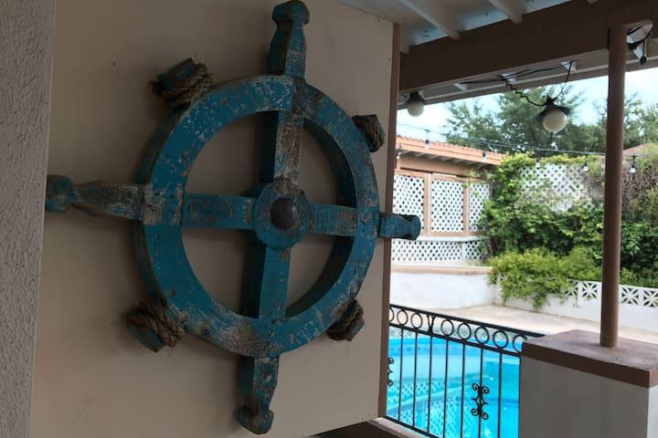 ⭐️ Mi Casa es Tu Casa! ⭐️ Sleep, swim, & play pool