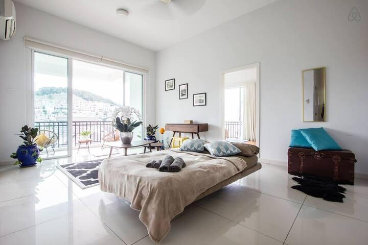 40% off |  Batu Ferringhi | Hilltop Villa,Sea View