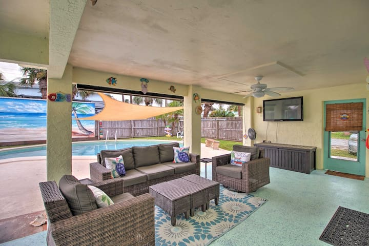 NEW! Endearing Fort Pierce Home w/ Water Views!