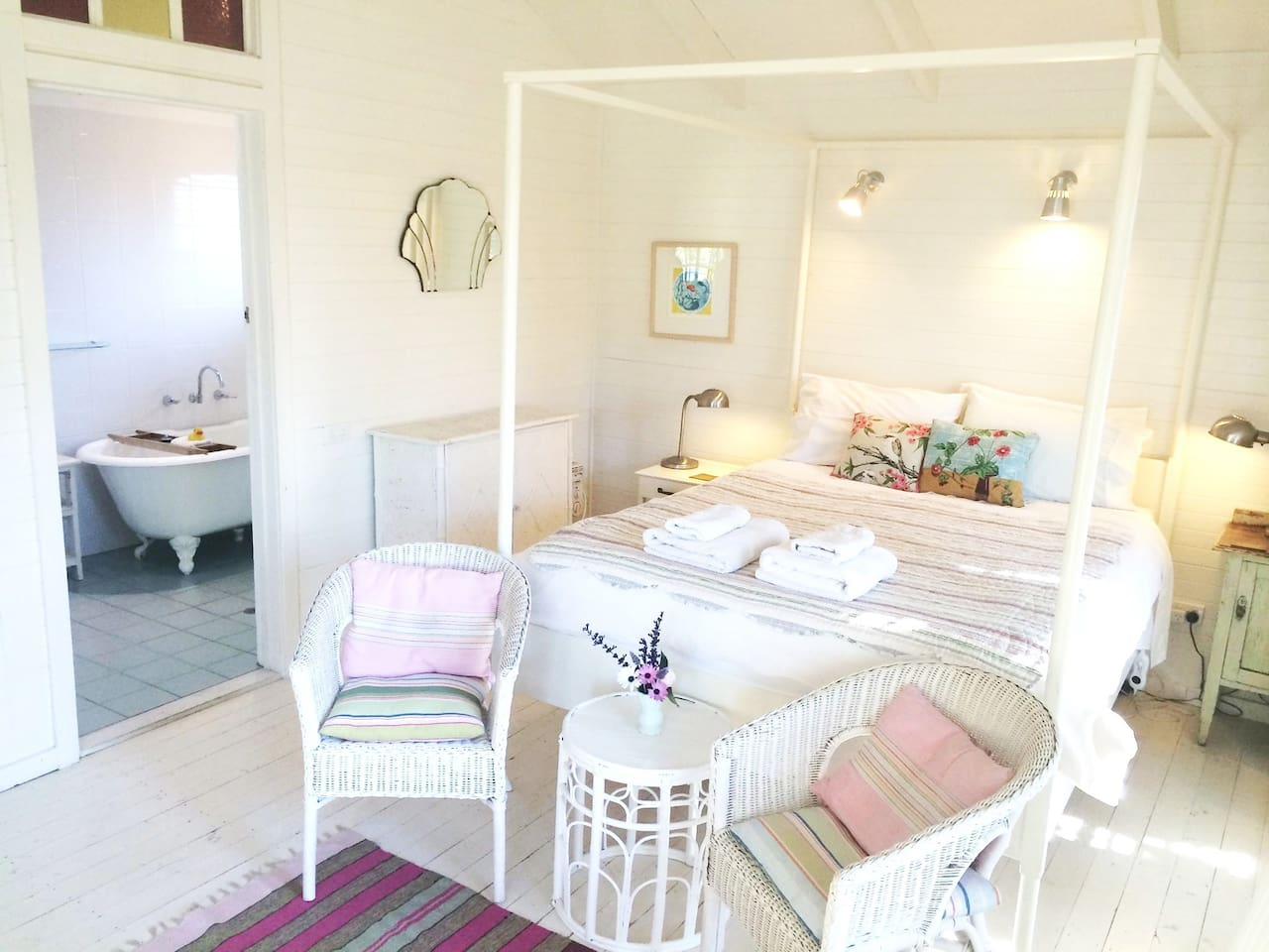The Verandah Room is one of our most popular rooms @huskissonbnb
