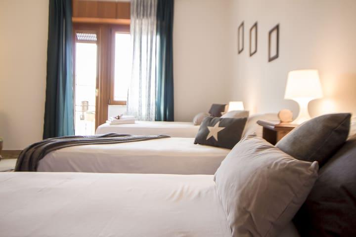 B&B hinterland di Alghero, 2 stanze con bagno priv - Uri