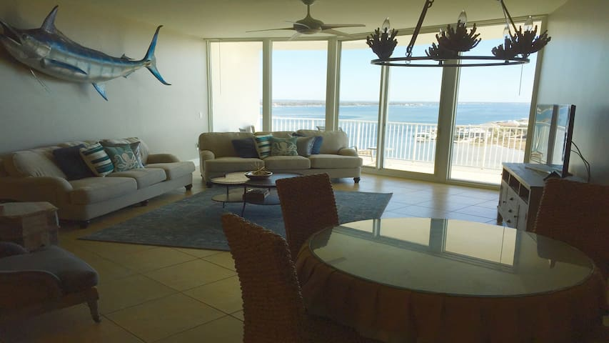 Caribe Penthouse!! Message for April&May Specials!