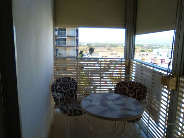 Apartment near city on the beach - La Pobla de Farnals - Apartamento