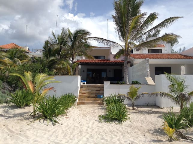 CARDUMEN Beach house - Chicxulub Puerto