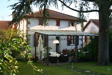 ESPELETTE - BARBERANIA - Chambre d'Hotes Anis - Espelette