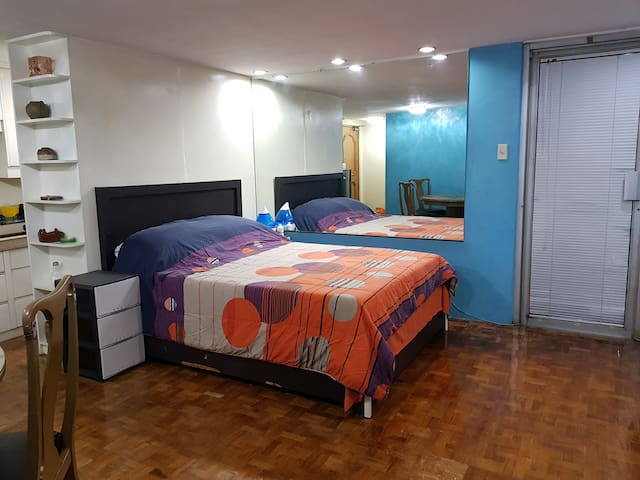 BEST DEAL! CONDO IN THE HEART OF GREENHILLS